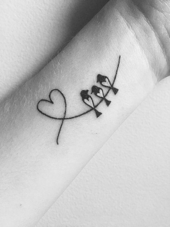 fb63adaa8e9c1a0b717f80595b006505 30 Diseños de Tatuajes en Honor a la Familia
