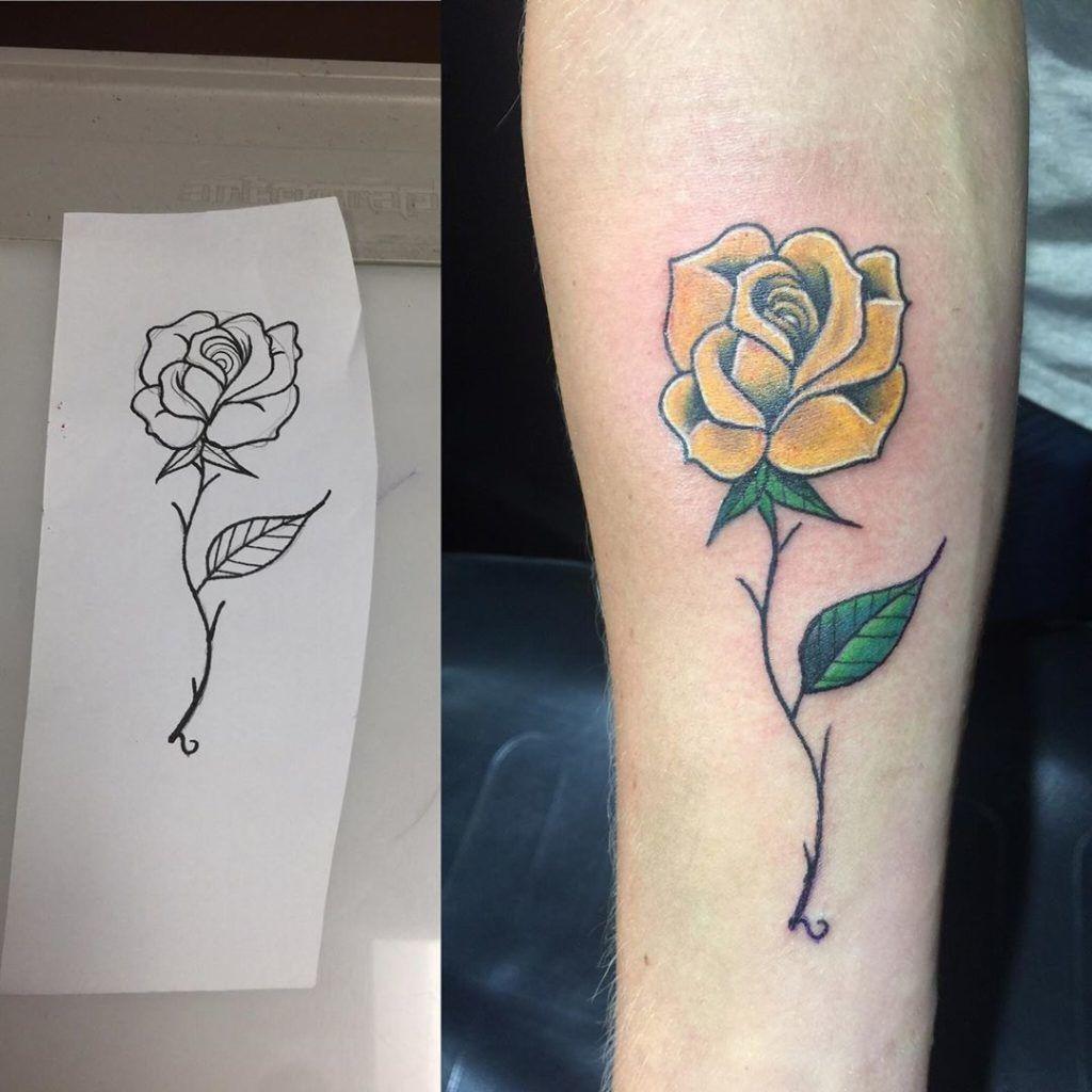 tatuajes rosas amarillas 6 45 Asombrosos Diseños de Tatuajes de Rosas Amarillas que Necesitas Ver